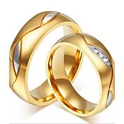 커플 링 라인석 스테인레스 라인석 도금 골드 18K 금 패션 홀딱 반할 만한 개인 블랙 골든 보석류 결혼식 파티 일상 캐쥬얼 1 쌍