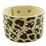 Eruner®Leopard Print Double W Shape Leather Bracelet (Assorted Color)