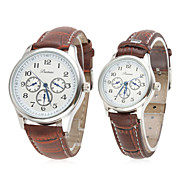 Pair of PU Analog Quartz Couple Watches with White Face (Brown)