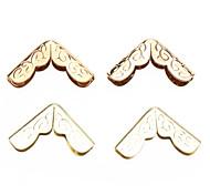 Z&X®  Gold Flower Pattern Collar Clip