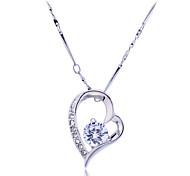Lureme®CZ Stone Heart Pendant Necklace