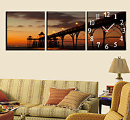 "12""-24""Country Style Brige Wall Clock In Canvas 3pcs"