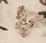 Women's Korean Fashion Retro Four Small Plum Flower Ring