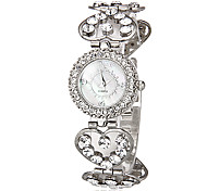 Women's Diamante Round Dial Heart Shape Alloy Band Quartz Analog Wrist Watch Cool Watches Unique Watches