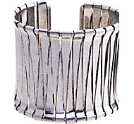 Lureme®Vintage Triangle Joint Open Bangle