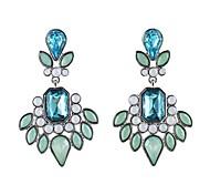 2014 New Spring Design Elegant Style Mirror Symmetry Ladies Earrings Designs Pictures