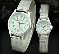 Couple's Round Dial Steel Band Dress Quartz Analog Wrist Watch