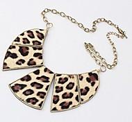 Fashion leopard print Golden Alloy Statement Necklace(Cofftee,White) (1 Pc)