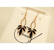 Fashion Korean Gold Plated Dripping Leaf Imitation Diamond Stud Earrings for Women in Jewelry