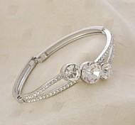 Fashion Silver Geometric Diamond-Encrusted bracelet Bracelet(1 Pc)
