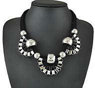 Punk Fashion Classic Black And White Flowers Pendant Collar Necklaces