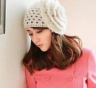 Frauen weißem Netz Wollmütze