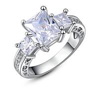 sexy weißes Gold 18k überzog Mehr klare squre Österreich Kristall-Cocktail-roma-Charme Ring