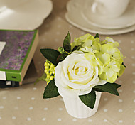 "4.75""H Rose Floral Arrangement (White)"