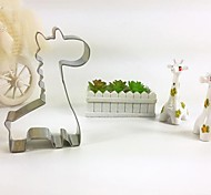 Cartoon Giraffe Shape Cookie Cutter, L 6.5cm x W 8cm x H 2cm, Stainless Steel