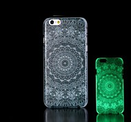 Aztec Pattern Glow in the Dark Hard Case for iPhone 6