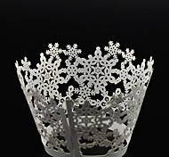 12pcs Laser Cut Snowflakes Cupcake Wrappers Muffin Cases Christmas Wedding Birthday Party Cake Decoartion