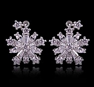 (1 Pc)European (CZ Snowflake) as Picture Alloy Drop Earrings