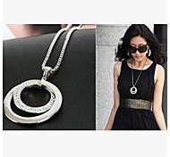 Fashion Diamond (circle) Silver Alloy Pendant Necklace(Silver) (1 Pc)