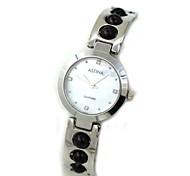 Women's Obsidian Design Waterproof Steel Bracelet Quartz Watch