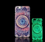 Aztec Pattern Glow in the Dark Hard Case for iPhone 6 Plus