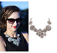 Women's Glamour Crystal Necklace Floral Stylish Jewelry Vintage Retro Jewelry (Size M; Color Silver)
