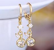 Women's Heart-Shaped Diamond Earrings