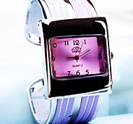 Frauenquadratwahl Legierung Band Quarz-Armbanduhr (farbig sortiert)