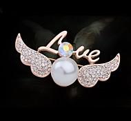 Fashionable Angel Wings Imitation Pearl Brooch