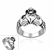 Maya Fashion Individual Heart with Hand Stainless Steel Man Ring(Black)(1Pcs)