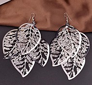 2015 Large Multi-Level Fashionable Exaggerated Version Of Hollow Leaf Earrings