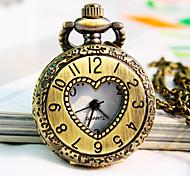 en forme de coeur cadran de la montre europeanround montre collier de quartz de mode de poche des femmes