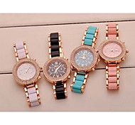 Women's Watch Fashion Quartz Wristwatch Rubber Band Material The Surface of The Diamond
