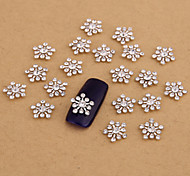 10PCS Silver Nail Art Jewelry Snowflake Clear Rhinestones Aryclic Nail Tips Decorations Nail Art Glitters for Nails