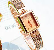 Women's New Explosion Square Diamond Dial Diamond Bracelet Fashion Quartz Watches (Assorted Colors)
