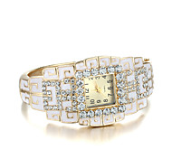 Sjeweler Girls Elegant Fashion Golden CZ Diamond Wirst Watch