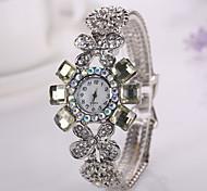 nuevas mujeres de la moda del reloj ocasional 2015 de la venta caliente visten relojes pulsera de la flor de las señoras el reloj de