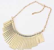 Necklace Choker Necklaces / Statement Necklaces Jewelry Party / Daily / Casual Fashion Alloy Gold / Black / Silver 1pc Gift