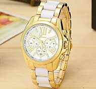 Lady's Fashion Geneva Casual Watch Gold Alloy Strap