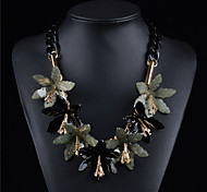 Acrylic Plated With Seven Flower Fashion Necklace