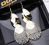 Ladies Fashion Leisure Mashup Hollow-Out Leaf Earrings