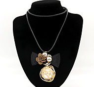 Women's Fashion Big Pearl Bow Sweater Necklaces