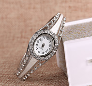 European and American fashion flash diamond decorative watches 13/ Party / Daily / Casual 1pc Cool Watches Unique Watches