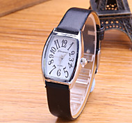 Women's Fashion Watch Fashion Korean Version Of The Trend Is Still Retro PU Band Quartz Watch Female Students Cool Watches Unique Watches