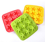 Silicone Fan Shaped Rubber Ice Cube Tray Mould Ideal Children's Party(Random Color)