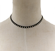 Fashion Women Punk Gold Metal Stud Velvet Choker