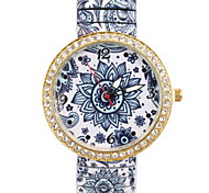 Women's Fashionable Leisure  Blue and White Stretch Shrink Strip Diamond Watch Cool Watches Unique Watches