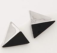 Women's New Boutique European Style Fashion Sweet Black and White Triangular Stud Earrings