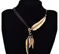 Ожерелье Ожерелья с подвесками Бижутерия Повседневные Мода Серебрянное покрытие / Позолота Золотой / Серебряный 1 пара Подарок