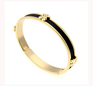 High-Grade Womens Titanium Steel Bracelet 18K Gold Plated Stainless Steel Bracelet Bear Leather Bracelet Jewelry